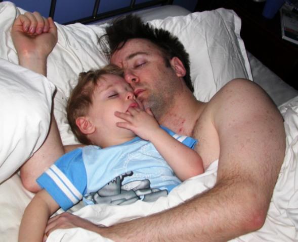 Mike_jordan_sleeping_2